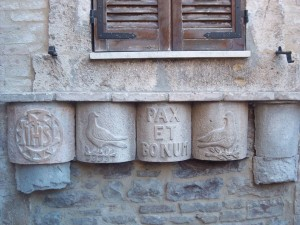 Wall decorations in Assisi